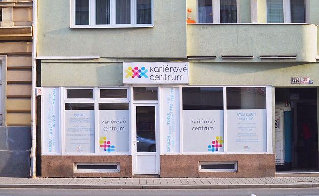 Kariérové Centrum, které kvůli své cílové skupině nemohlo najít vlastní kancelář, otevírá